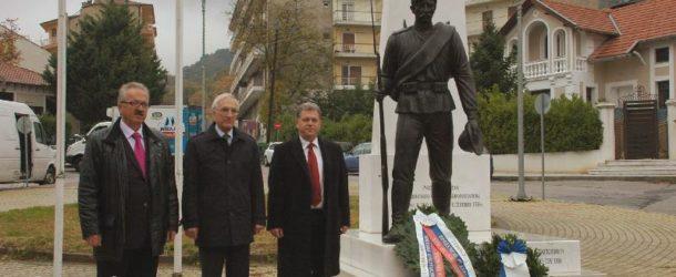 Κατάθεση στεφάνου στο μνημείο του Ρώσου στρατιώτη στην Φλώρινα